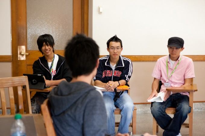 201200801_tomodachi_speakers-2