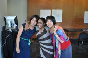 Mari_shares a moment with Fellows from Sudan and Japan