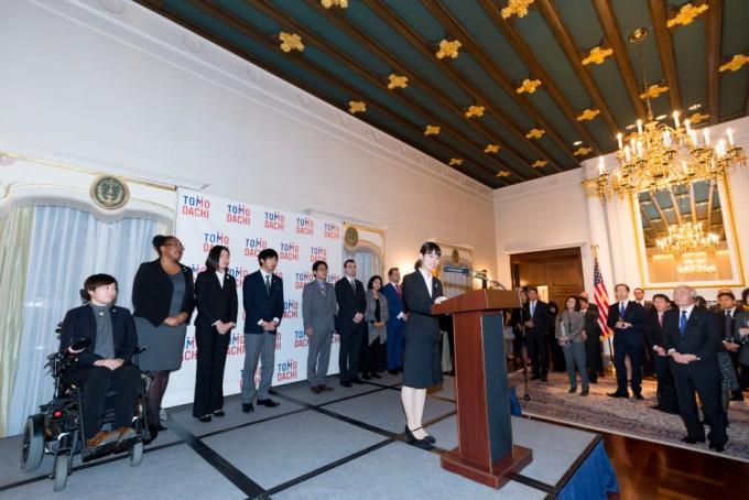 tomodachi-initiative-reception_u-s-ambassador-to-japan-william-f-hagerty_120717_10