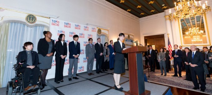 tomodachi-initiative-reception_u-s-ambassador-to-japan-william-f-hagerty_120717_13-3