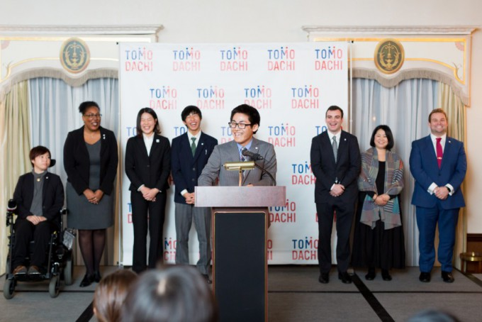 tomodachi-initiative-reception_u-s-ambassador-to-japan-william-f-hagerty_120717_2